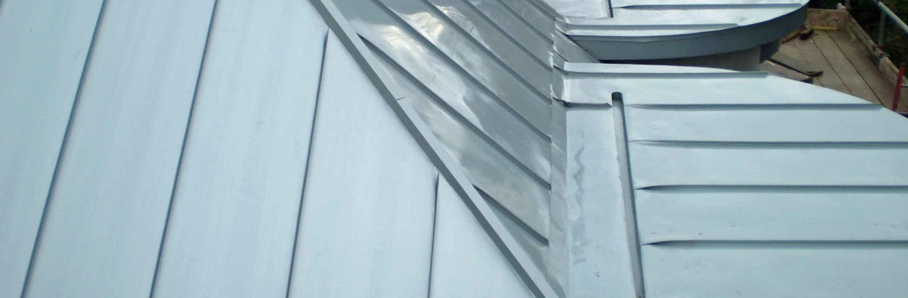 Zinc standing seam roof for Brighton house