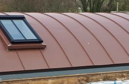 Alfriston barrel roof – VM Pigmento Red