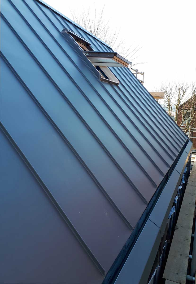 Vm Pigmento Blue On Brighton House Metal Roof Ltd